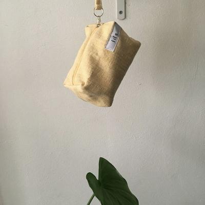 퓨어 헤링본 옐로 네모 파우치(Pure herringbone yellow oblong pouch)