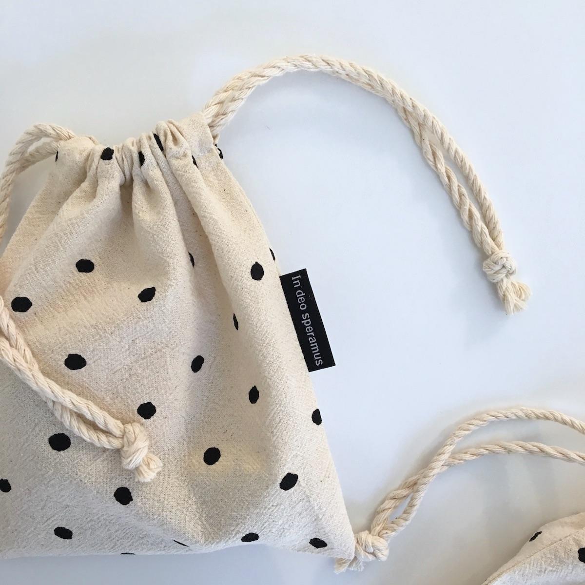 아기 도트 스트링 파우치(baby dot string pouch) - 인데오스페라무스, 8,000원, 메이크업 파우치, 끈/주머니형