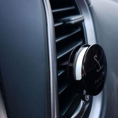 차량용방향제 차인테리어용품 차장식 노블스메탈블랙