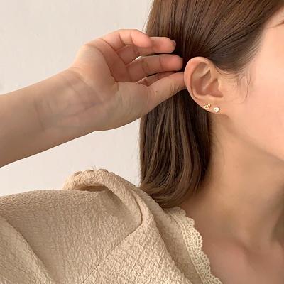 [925실버] 볼라인 미니 하트큐빅 귀걸이