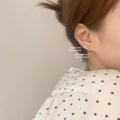 [925실버] 클래식 포스트 큐빅하트 귀걸이