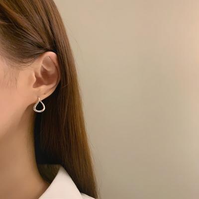 925실버 심플 굴곡 유라인 귀걸이