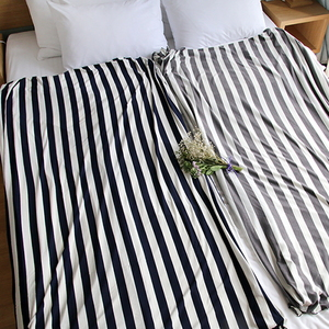 STRIPE BLANKET_BEDDING