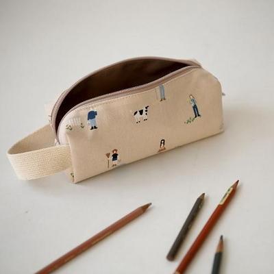 Strap pencase
