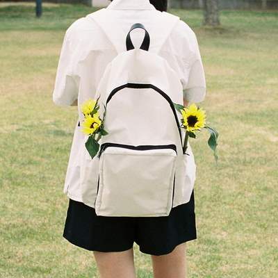 easy backpack - white color