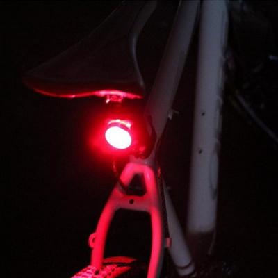 자전거 라이트 LED 충전식 안전 후미등 (160 루멘)