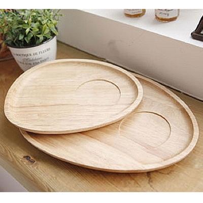 타원형 나무 접시