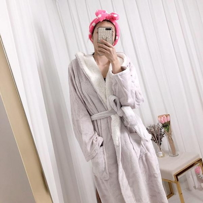 홀리 여성 극세사 후드 목욕가운