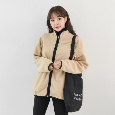 겟잇미 반하이넥 양털 뽀글이 집업자켓