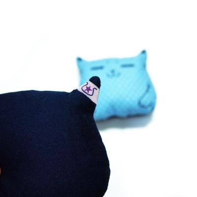 흐뭇한 고양이 마우스쿠션(블루)