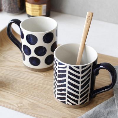 블루도트 헤링본 머그 컵 (2type)