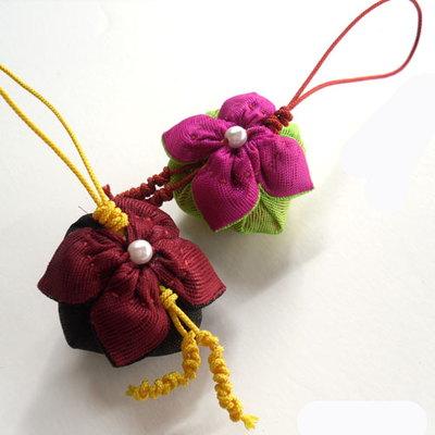 (d.i.y) 꽃잎주머니 핸드폰줄 만들기