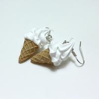 소프트 아이스크림 귀걸이