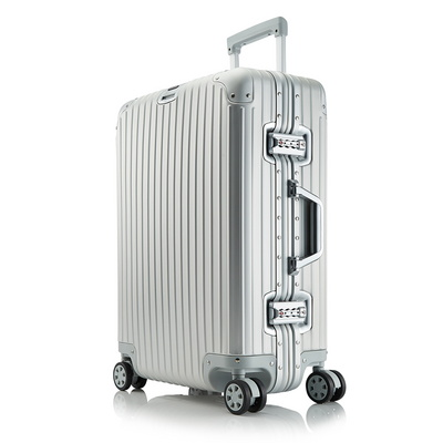 브라이튼 킬브 24인치 풀 알루미늄 중형 여행용캐리어 여행가방 화물용 케리어 실버