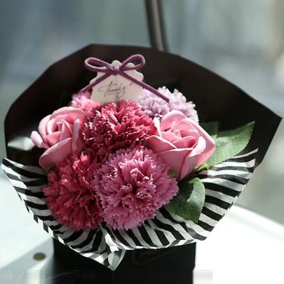 어버이날 꽃다발 선물 박스 - 장미카네이션 바스켓 MUU903
