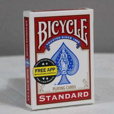 (화이트덱) 관객이 선택한 카드가 순간이동하고 심지어 관객의 카드를 제외한 모든카드는 백지로 변해버립니다.