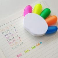손바닥 모양의 5색 형광펜 문구용품 인싸템