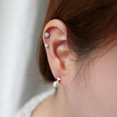 14K gold piramid pearl earring
