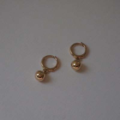 14k gold ball earring