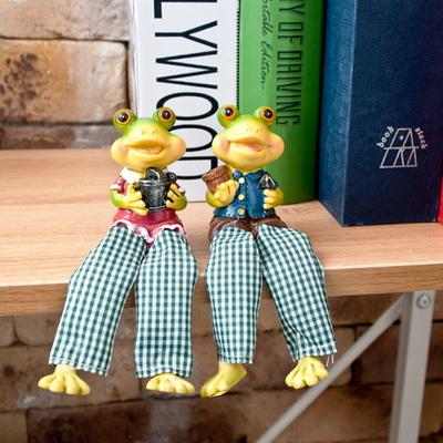 앉아있는 개구리 4형제 장식
