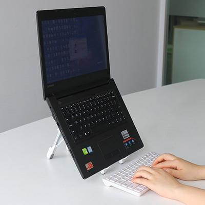 휴대용 노트북 거치대 태블릿pc 140g 각도조절