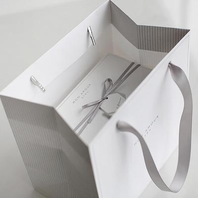 디비디 쇼핑백 - Mon
