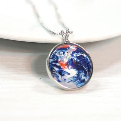 행성목걸이-지구(Earth)