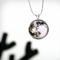 행성목걸이-달(Moon)
