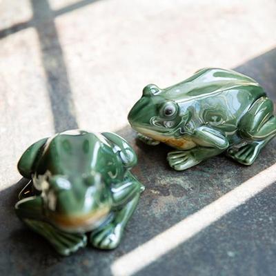 WEL5650A 도약 개구리 장식품 2p