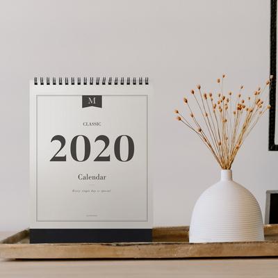 2020 CLASSIC DESK CALENDAR