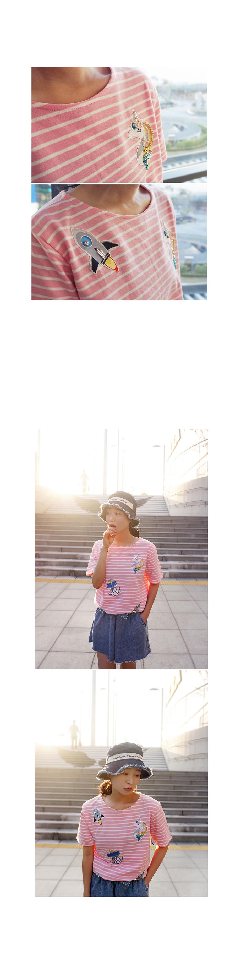 아기자기 입체비즈 스트라이프라운드반팔티셔츠 - 앞머리, 39,900원, 상의, 반팔티셔츠