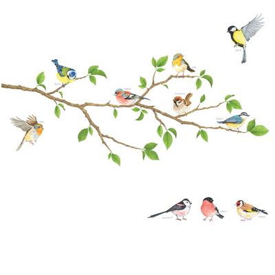나무와 귀여운 새