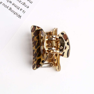 Mujer Daily glossy leopard 집게핀 2color 사이즈 소