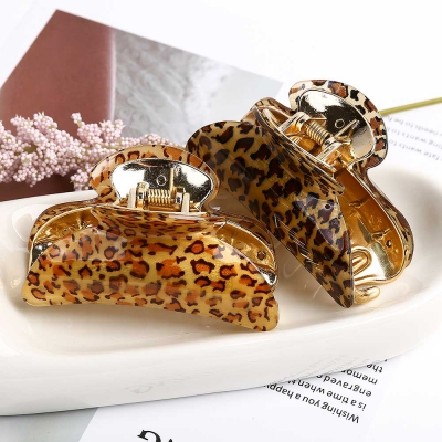 Mujer Daily glossy leopard 집게핀 2color 사이즈 대