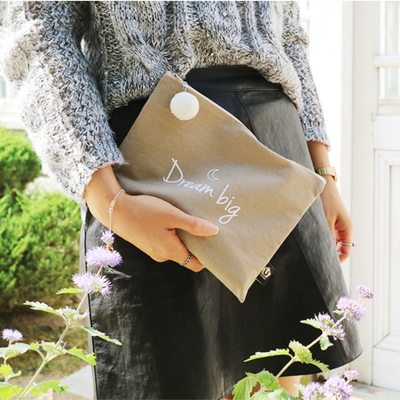 1006 MESSAGE POUCH BEIGE 메세지 파우치 베이지
