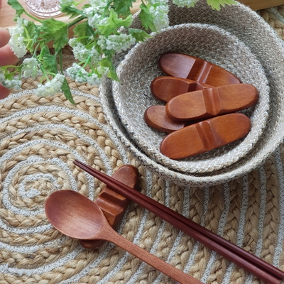 대추나무 옻칠 수저받침 1개