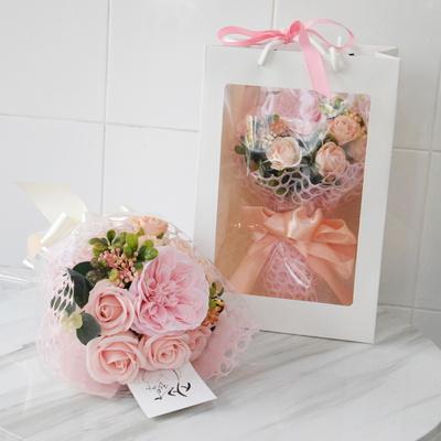 러블리한 꽃다발 오스틴장미 비누꽃다발