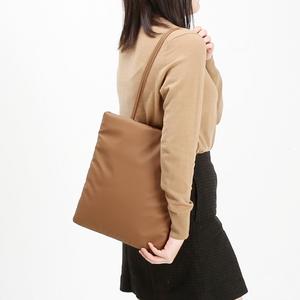 W22-베이직패딩 숄더백- 여성가방 숄더백 데일리백