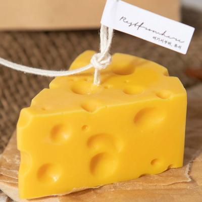 치즈의 귀여운 모양과 색감을 그대로 표현한 치즈캔들