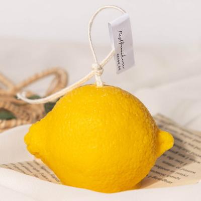 상큼함이 느껴지는 디자인캔들 소이왁스 레몬캔들