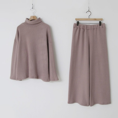 [Set] Soft Turtleneck + Wide Pants