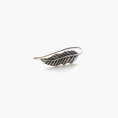제이로렌 M01418 모던한 스타일의 나뭇잎 모양 실버 귀걸이