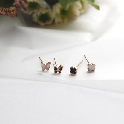 M01528 밤비 데일리 써지컬스틸 나비 귀걸이