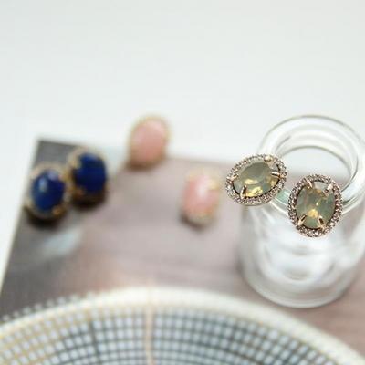 제이로렌 M01577 3색 원석 크리스탈 귀걸이