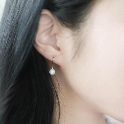 제이로렌 M01650 베이직후프 진주가 셋팅된 고리형 실버 귀걸이