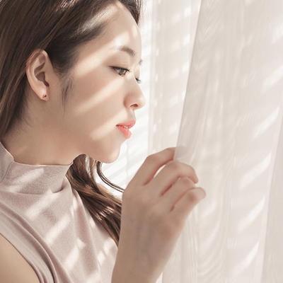 제이로렌 M01822 1월탄생석 가넷 로즈골드 꽃 귀걸이