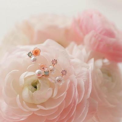 제이로렌 M02874 나의정원 로즈골드 자개꽃 귀걸이