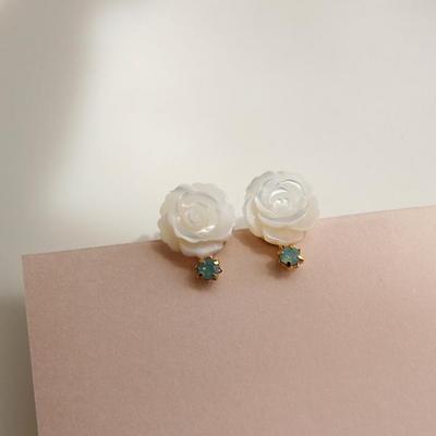 제이로렌 M03099 러블리 플라워 민트 자개꽃 귀걸이