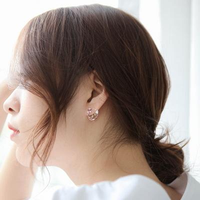 제이로렌 M03320 로즈골드 레드 리스 플라워 귀걸이