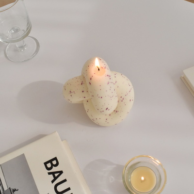 Tube Knot Candle No.1 - purple dot
